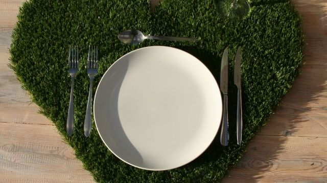 Hire heart shaped table placemats
