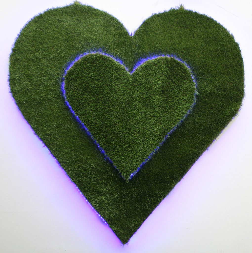 Wedding hire prop a 1.2M tall wedding heart on a heart with LED lights and remote control